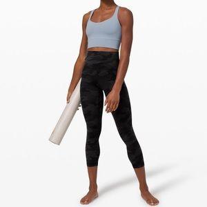 Lululemon HR align size 8 legging crop black camo